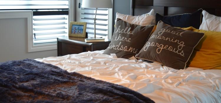 Décoration : les indispensables d'une chambre à coucher